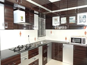 modular-kitchen-interior-design-with-amenities- sri-home-interior